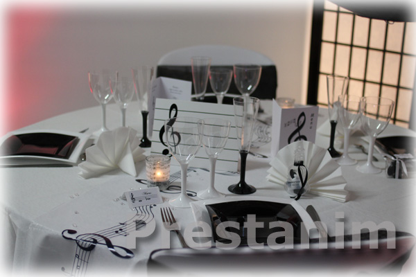 d corations de mariage musique d corations pour un mariage. Black Bedroom Furniture Sets. Home Design Ideas