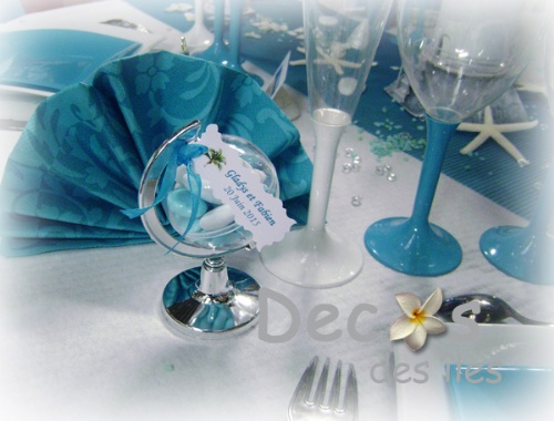 decoration-table-mariage-mer-contenant-dragees-mappemonde