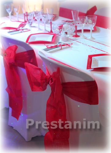 decorations-mariage-amour-rouge-blanc