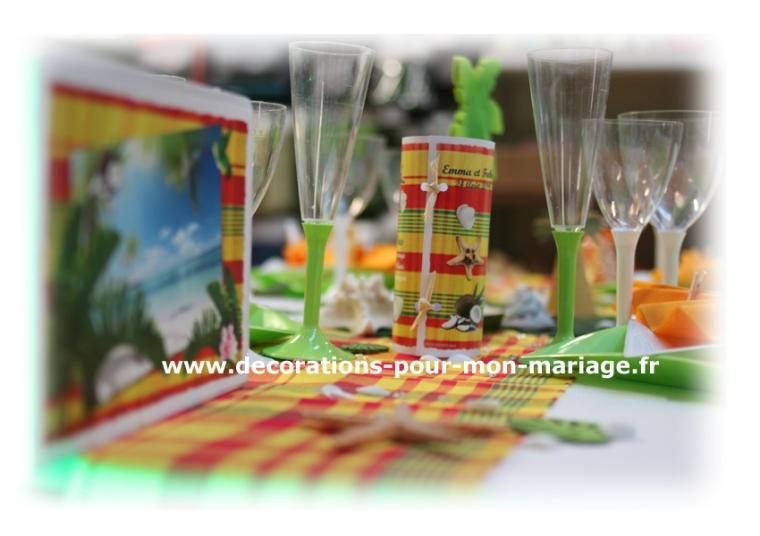 decorations-pour-mariage-antillais-mixte-madras-menu-urne-personnalises